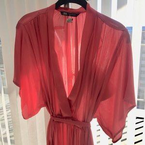 LIKE NEW—PEACH-ROSE FLOWING DRESS